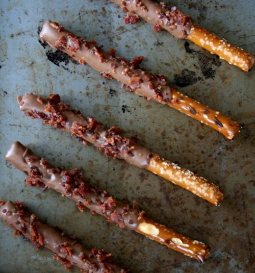 chocolate-bacon-pretzel