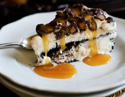 peanut-butter-cup-ice-cream-pie